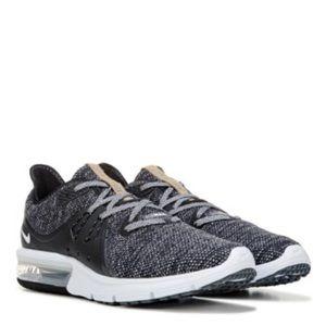 Nike AirMax Size 10.5